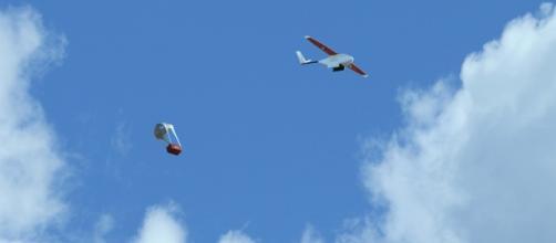 Un drone in azione durante un lancio di prova in Rwanda - flyzipline.com