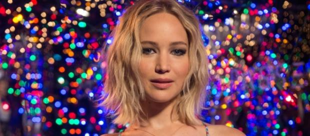 Jennifer Lawrence Makes No Apologies for Leaked Pole-Dancing Video. / from 'LinkwayLive' - linkwaylive.com