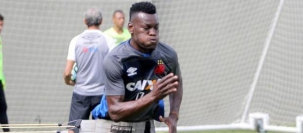 Paulão chegou para ser titular no Vasco (Foto: Paulo Fernandes/Vasco.com.br)