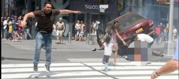 Richard Rojas, the man behind the Times Square crash, tried to flee from the scene. Marinella Maier/ www.twitter.com