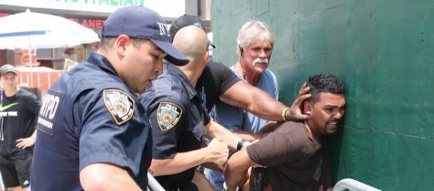 Times Square car crash kills 1, injures 22. - nydailynews.com