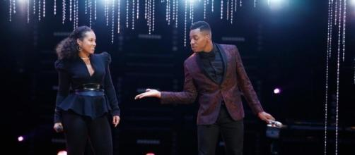 Chris Blue and Alicia Keys on The Voice finale/photo via sheknows.com