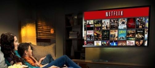 Controversia entre el cine convencional y las plataformas alternativas como Netflix.