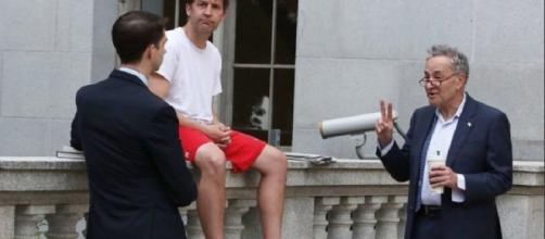 Cruz drops sassy photo caption for odd photo of Schumer, Sasse, Cotton ....- washingtonexaminer.com