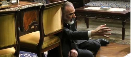Il Segreto, anticipazioni: Cristobal lascia morire il padre