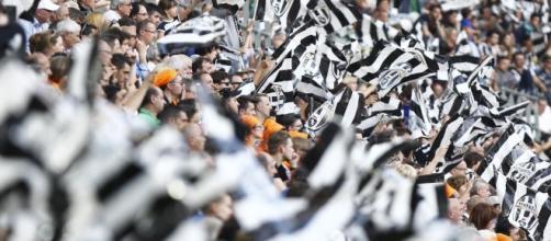 Juventus, è nuovo record abbonati: oltre 29mila tessere vendute ... - eurosport.com