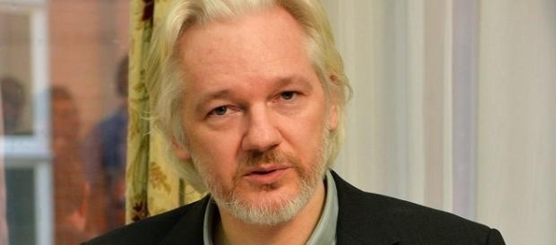 Assange has rape charges dropped but the USA still hunts for him. BN support