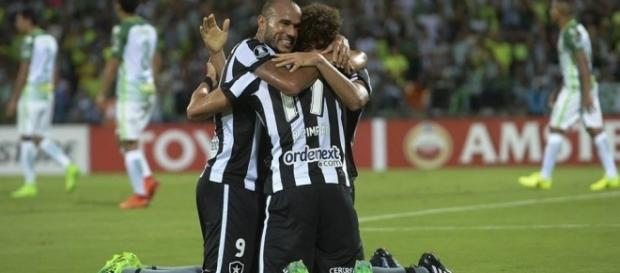 Botafogo garantiu classificação com uma rodada de antecedência (foto: Conmebol)