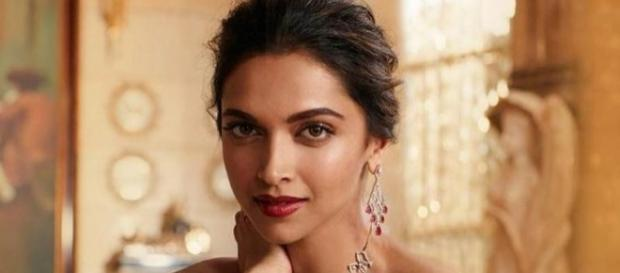 Deepika Padukone is looking so good in these pics. Check them out ... - hindustantimes.com