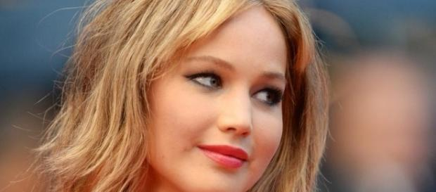 Jennifer Lawrence enjoys dancing explicitly - Image latestpics.in