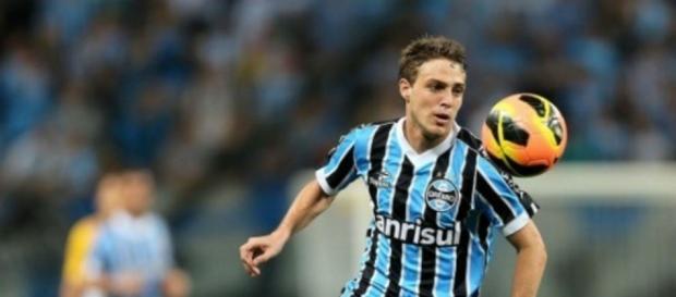 Maxi Rodriguez deixará o Grêmio no final do ano