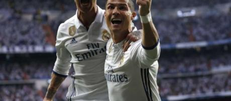 Ronaldo leads Madrid to 3-0 win over Atletico in CL semis leg 1