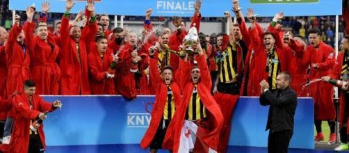 Matt Miazga wins Dutch Cup with Vitesse; Carli Lloyd, Crystal Dunn ... - hungarytoday.hu