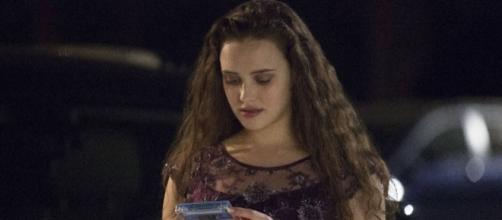 Netflix responds to '13 Reasons' critics with more warnings ... - timesfreepress.com