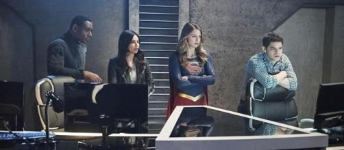 """""""Supergirl"""" season 2 is approaching its final three episodes. (via SpoilerTV/The CW)"""