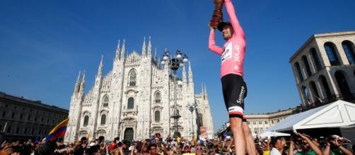 Tom Dumoulin a enlevé son premier grand tour dimanche à Milan. Luk Benies/AFP