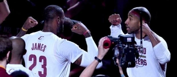 LeBron James will pay Dahntay Jones' fine - newsday.com