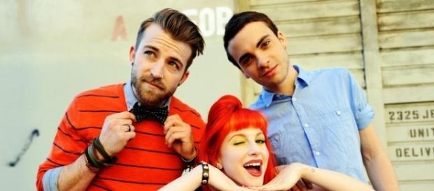 Paramore – Brick by Boring Brick (acoustic) Lyrics   Genius Lyrics - genius.com