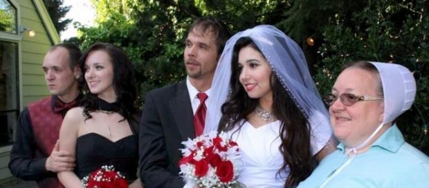 RETURN TO AMISH Carmela and Jeremiah Raber wedding photos ... - starcasm.net