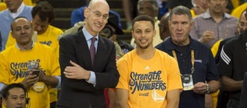 Adam Silver explains why he left Steph Curry hanging at the MVP ... - usatoday.com
