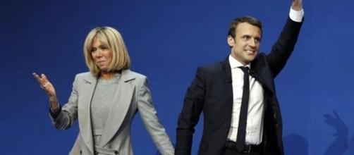 """Di Maio sfida Macron: """"La mia fidanzata ha 10 anni più di me, ma ... - today.it"""