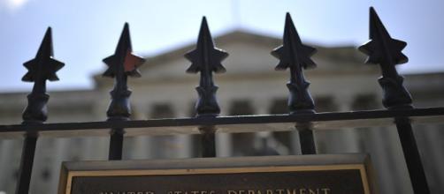 Fachada de una de las sede del Departamento del Tesoro de EEUU (© AFP 2017/ Mladen Antonov)