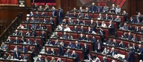 I gruppi parlamentari che guadagnano di più e di meno