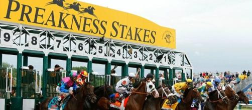 The Preakness Stakes arrives on Saturday evening for horse racing fans to enjoy. [Image via Blasting News image library/sportingnews.com]