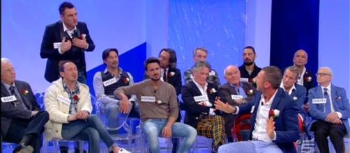 Trono Over di U&D: Tina Cipollari smaschera cavalieri e dame ... - tvnews24.it