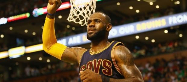LeBron sigue siendo el Rey (vía Twitter - NBA)