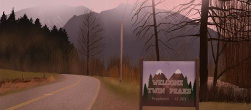 Benvenuti a Twin Peaks, l'immagine di apertura della famosa sigla della serie.