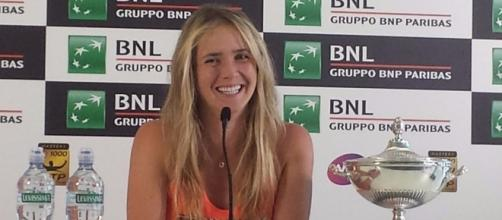 Elina Svitolina takes in her victory over Simona Halep in Rome