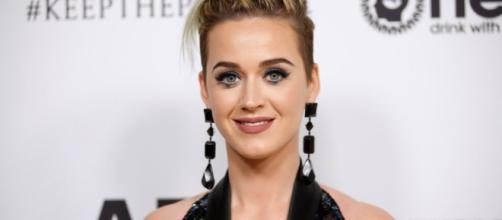 Katy Perry under fire for controversial Barack Obama joke - AOL ... - aol.com