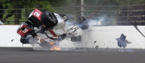 La terribile immagine dell'incidente di Bourdais (The Associated Press)