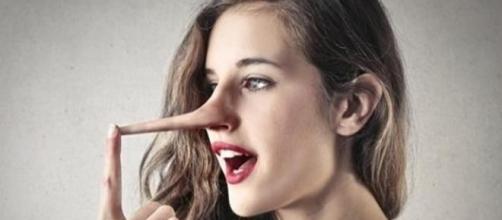 Os homens sabem que elas estão mentindo, porém, fingem acreditar