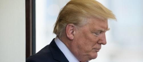 Trump's approval rating sinks to new record low - Photo: Blasting News Library - aol.com