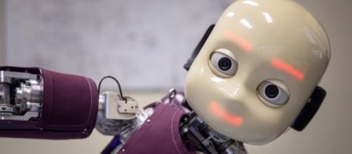 Un corpo per l' Intelligenza Artificiale: iCub, il robot che ... - intel.it