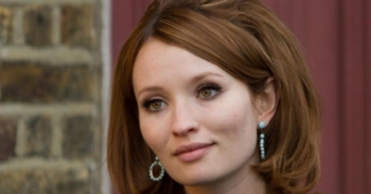American Gods' episode 4 'not gore porn,' Emily Browning said