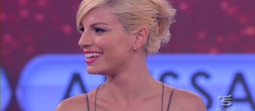 Chi smentisce il flirt tra Emma Marrone e Riccardo Scamarcio - diregiovani.it