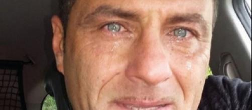 Gossip Uomini e Donne, Sossio Aruta in lacrime su Facebook