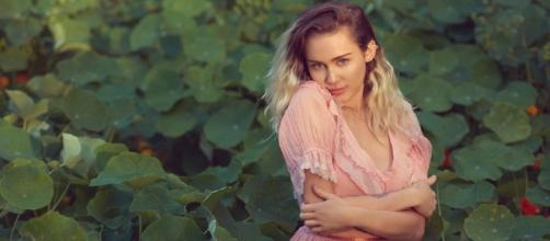 MileyCyrus: Singer Opens Up About Liam Hemsworth & Her Upcoming ... - hype.my