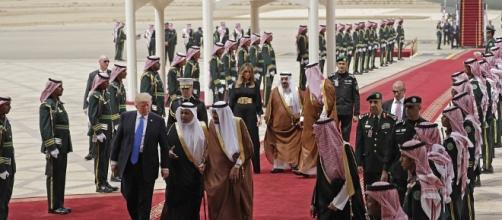 "Trump Signs ""Single Largest Arms Deal In US History"" With Saudi ... - zerohedge.com BN support"