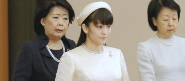 Japan's Princess Mako Will Give Up Her Royal Status to Marry a ... - vogue.com
