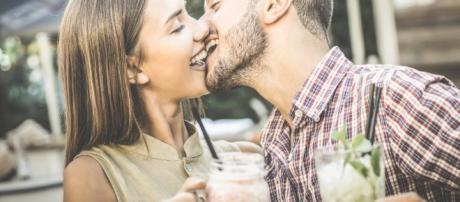 Conheça como é o beijo, de acordo com o Zodíaco