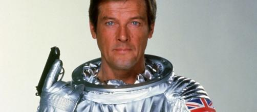 British actor Roger Moore dies aged 89