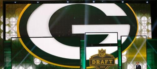 Green Bay enters the 2016 Draft with nine selections - packers.com