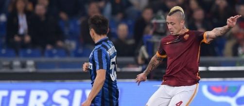 Il centrocampista della Roma Nainggolan corteggiato dall'Inter.