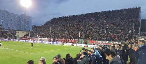 """La Curva Sud """"Giorgio Manzulli"""" - Crotone"""