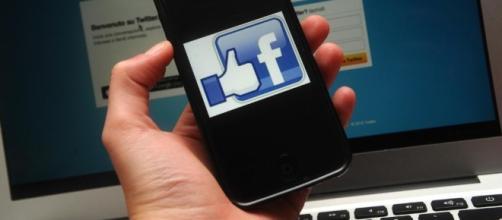 laRegione | Sesso e violenza, le regole segrete di Facebook - laregione.ch