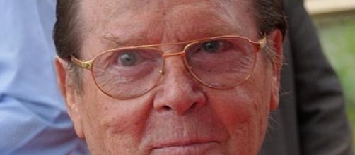 Roger Moore (Frantogian -- Wikimedia Commons)